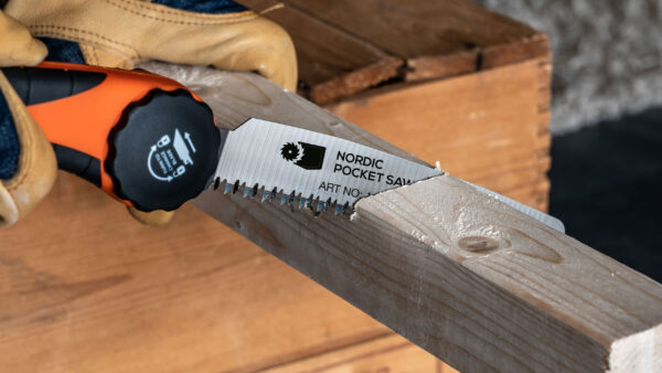 nordic-pocket-saw-fold-actio-4